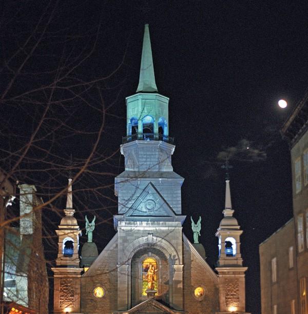 Marguerite-Bourgeoys Museum and Notre-Dame-de-Bon-Secours Chapel. Credit : © Tourisme Montréal, Stéphan Poulin.