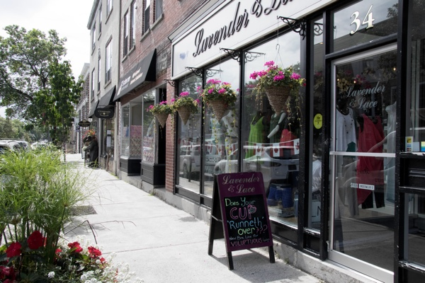 Things to do in Perth, Ontario—a great day trip destination!  